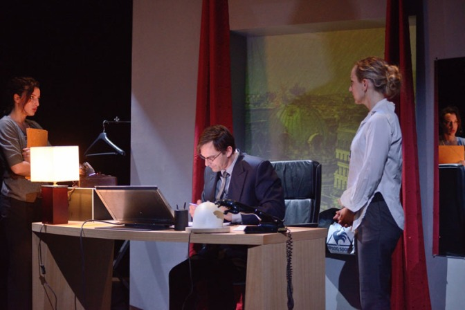 A VOIR / Petites Lâchetés – Théâtre