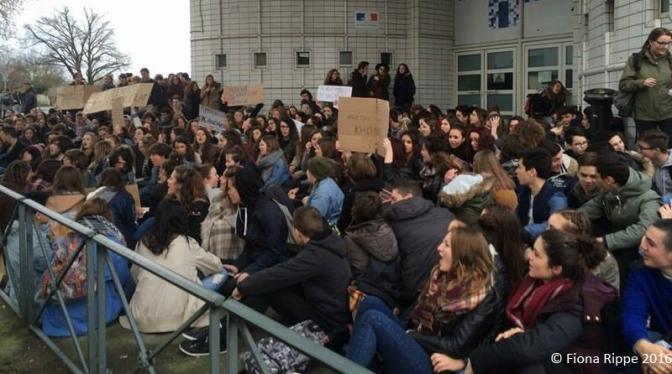 Mobilisation des lycéens contre le Projet de Loi Travail El Khomri