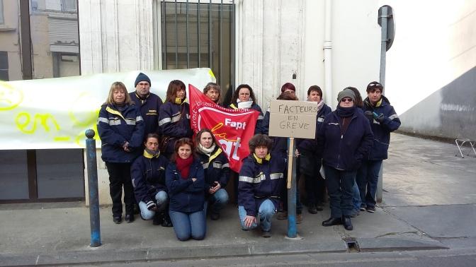 Grève à  La Poste de La Rochefoucauld et Montbron.